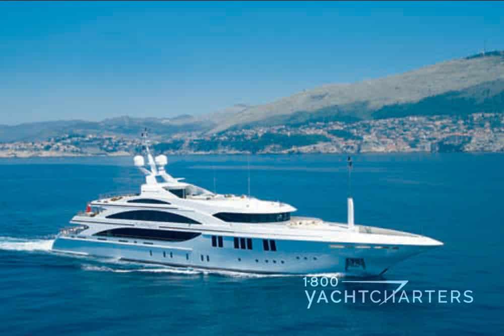 Andreas L yacht running