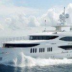001a-motor-yacht-mine-games-running-400x226
