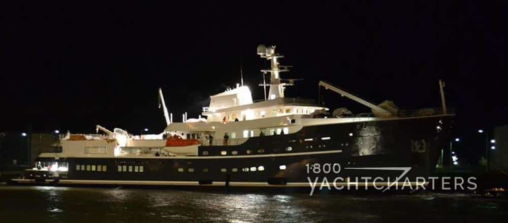 Legend motoryacht night lighting