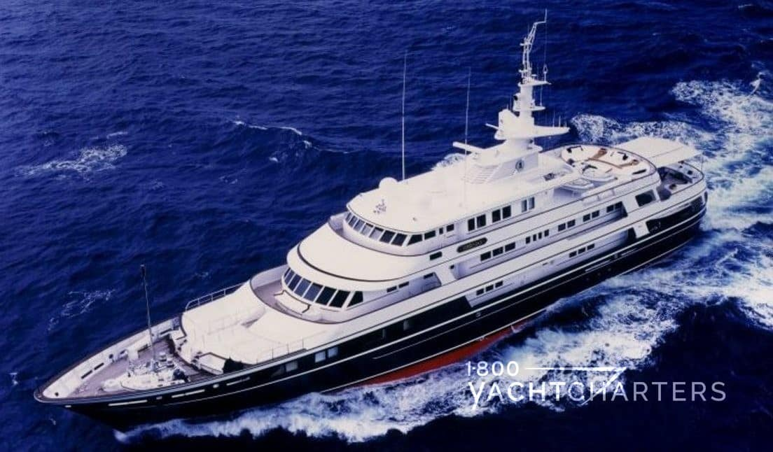 VIRGINIAN yacht running