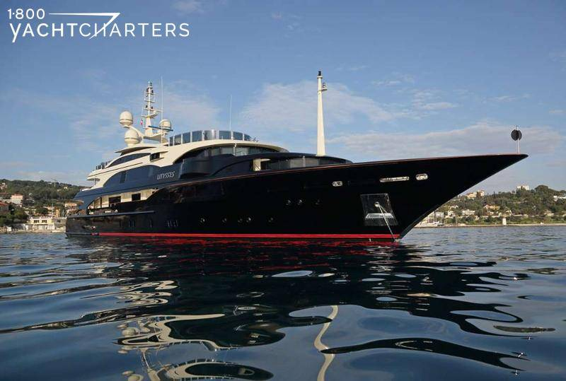 Superyacht Ulysses Benetti with black hull