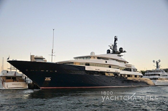 Profile of Spielberg yacht Seven Seas from the bow