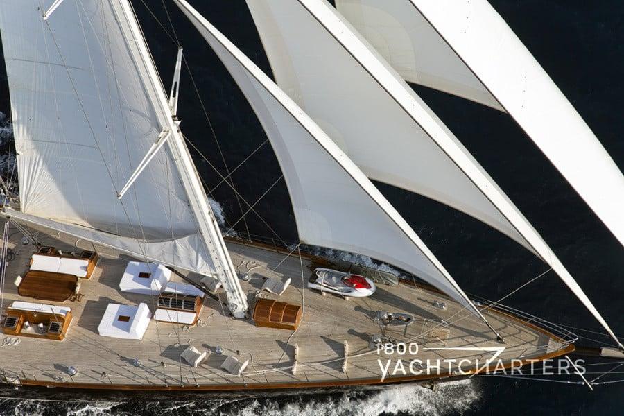 regina sailboat yacht charter under sail