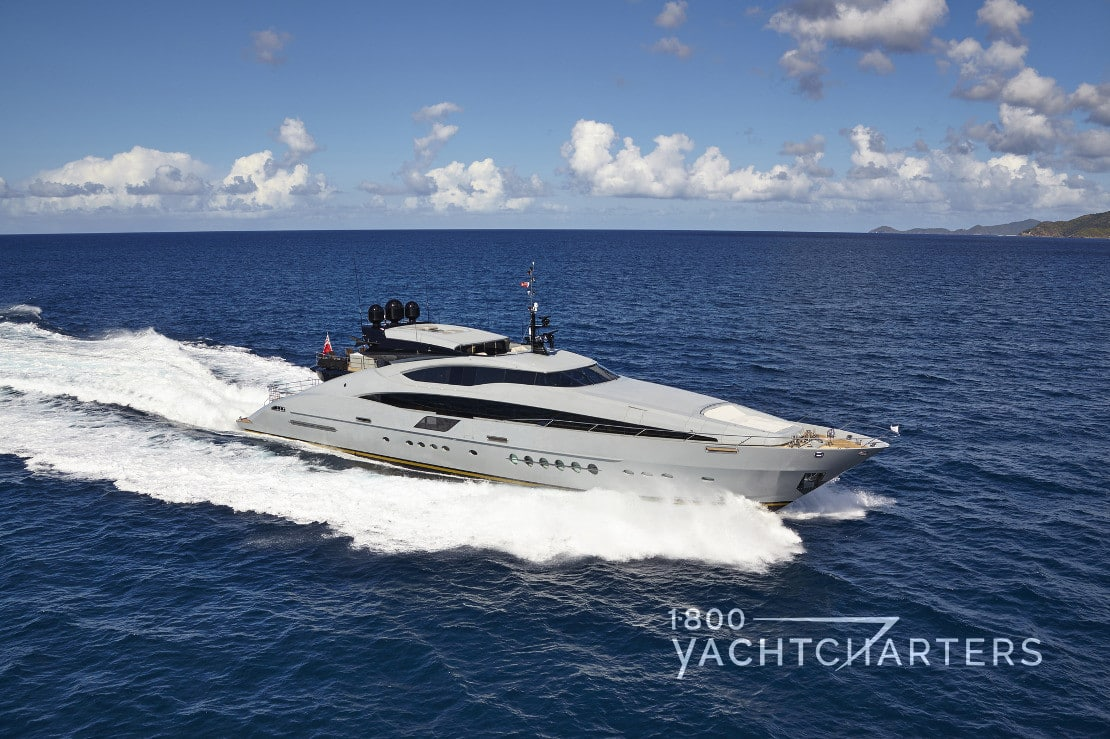 GREY MATTERS motoryacht underway