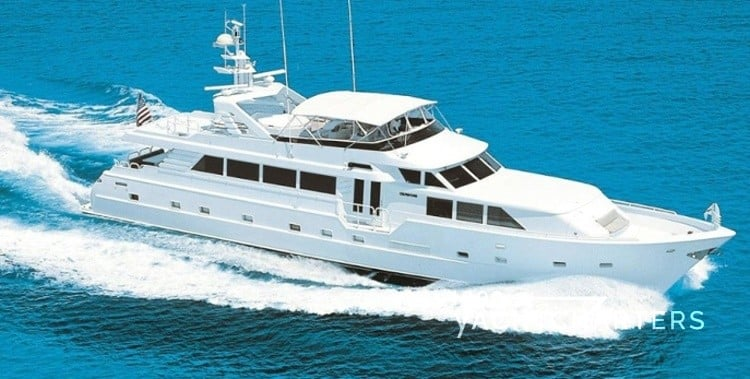 INSATIABLE motoryacht running