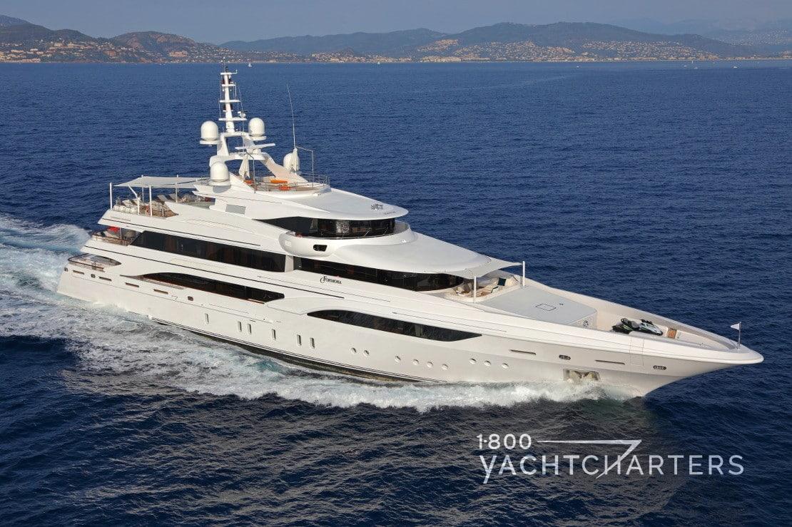 FORMOSA yacht underway