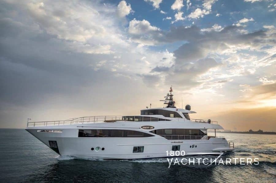ONEWORLD motoryacht profile