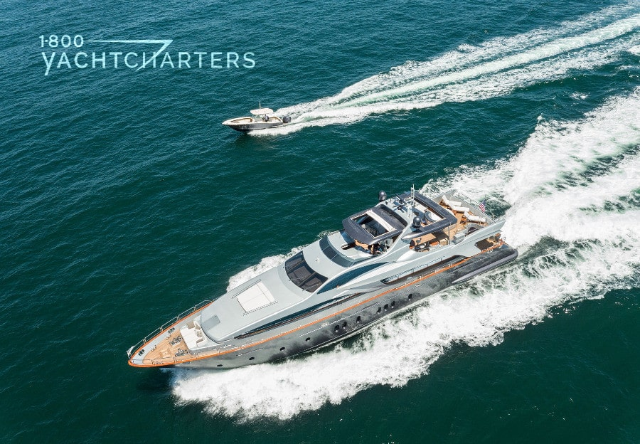 Luxury Yacht TAIL LIGHTS & Crew Impress 1-800 Yacht Charters